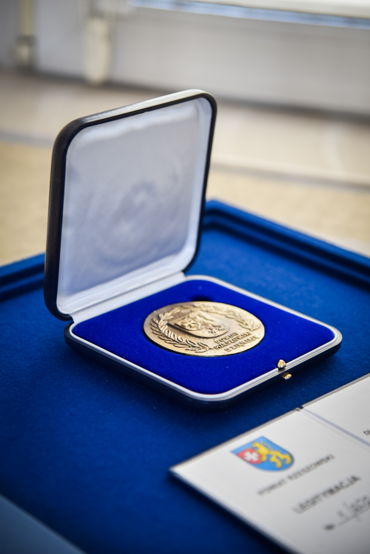 Medal dla zasluzonych