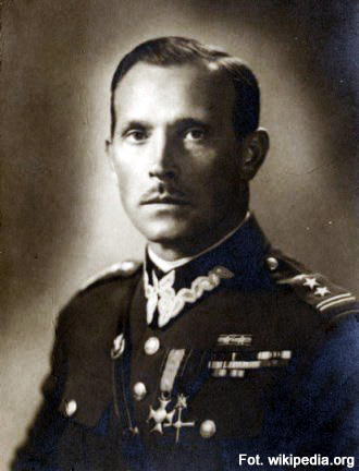 13.10.1985 - Zmarł, urodzony w Rzeszowie, generał Mieczysław Boruta Spiechowicz, m.in. dowódca wojsk ewakuowanych w 1942 roku z ZSRR do Iranu.