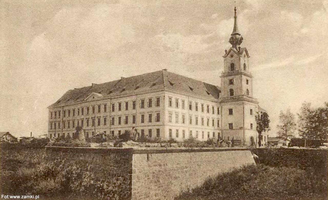 7.10.1944- Nieudana próba odbicia więźniów politycznych z więzienia na zamku rzeszowskim.